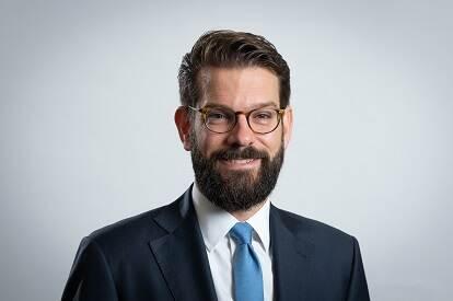 Prof. dr. C.F. (Caspar) van den Berg