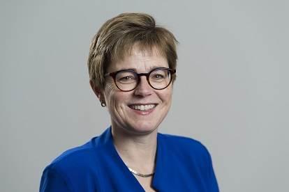 Dr. M. (Miranda) de Vries