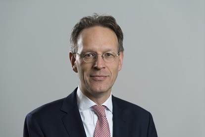 Prof. mr. dr. F.J. (Frank) van Ommeren